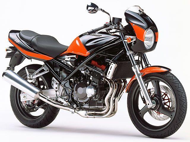 モーターサイクルフリーク高回転でもストレスなし!4気筒250CCバイクを調査してみた!