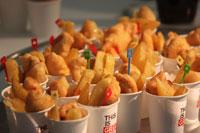 フィッシュ&チップスをはじめ、イギリスの伝統的なフード&ドリンクが振舞われました
