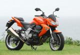 カワサキ Z1000 – 躍動感あふれるスタイリング