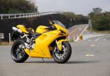 ドゥカティ スーパーバイク1098 – 排気量アップを凌ぐパワー感
