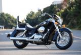 ホンダ SHADOW750 – Hondaならではの個性が光る