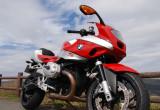 BMW Motorrad R1200S – 珍しい前傾姿勢でワインディングが楽しい
