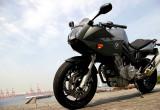 BMW Motorrad F800S – BMW渾身のミドルスポーツ