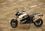 BMW Motorrad HP2 Megamoto – 一切の妥協を排したロードスポーツへのこだわり