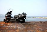 ホンダ シルバーウィングGT <600>ABS – 快適な走行性能を追求する大排気量スクーター
