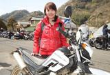 Takako Izumi with ヤマハ セロー250