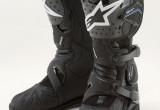 内装にゴアテックスを使用した完全防水のツーリングブーツが誕生