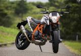 KTM 690 DUKE R – KTMの新世代ミドルスポーツ
