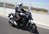 ホンダ NC750X デュアル・クラッチ・トランスミッション ABS – 新しくなったニューミッドコンセプト
