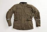 伝統的なフォルムに高機能を搭載したオールシーズンに対応できるジャケット