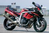 バイクガレージ ワイズ GSX-R1100(スズキ GSX-R1100)