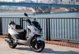SYM RV125i(2017-) – ワンランク上の風格が漂うビッグな125ccスクーター