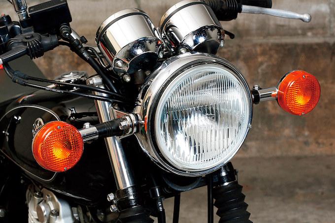 ヤマハ SR400の灯火類の交換 メンテナンス バイクブロス・マガジンズ
