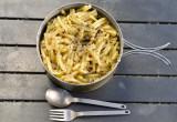 ライダーズレシピ「キノコと挽き肉のクリームマカロニ」