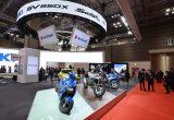 スズキ流カフェレーサー、SV650Xを参考出品 【東京モーターショー2017/スズキブース速報】