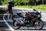 250ccスポーツモデルの魅力を倍増させるヨシムラのスリップオンマフラー