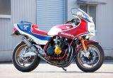 モータースポーツショップWITH CB1100R(ホンダ CB1100R)