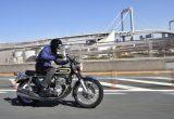 カワサキZ1と双璧を成す人気のホンダCB750フォア/量産車初の4気筒750ccの魅力を公道インプレ