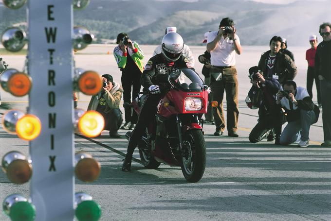 カワサキ・ニンジャGPZ900Rヒストリー/世界最速を目指して生まれたカワサキ水冷並列4気筒の原点 その1