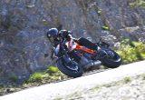 """【KTM 1290 スーパーデューク R 試乗記事】あの""""THE BEAST""""が第3形態に進化、新たな骨格を得て動きがよりしなやかに‼"""