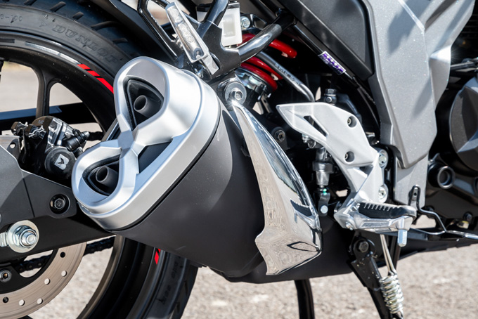 【スズキ ジクサー150 試乗記】125ccとは一線を画する万能車としての資質の画像