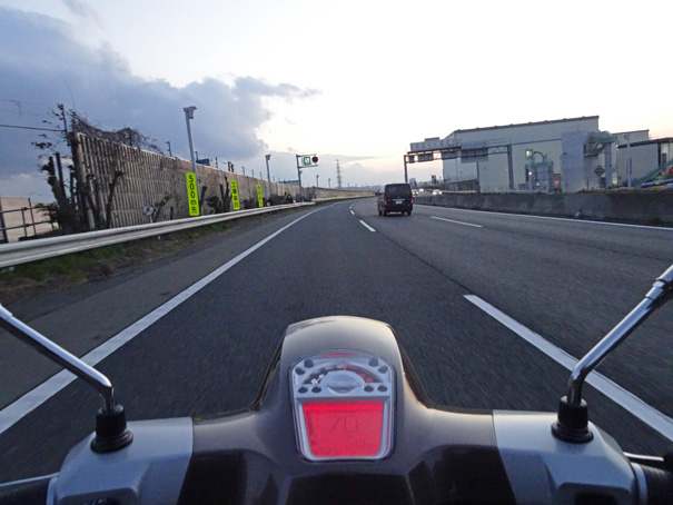 【ランブレッタ V200スペシャル 試乗記】エレガントでありながらスポーティ!! 約50年ぶりに復活したイタリアン・スクーターの画像