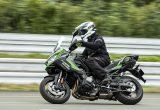 【カワサキ ヴェルシス 1000 SE 試乗記】バイクの楽しさはそのまま、疲れを軽減するSHOWAスカイフックテクを採用した2021年式欧州モデルをインプレッション