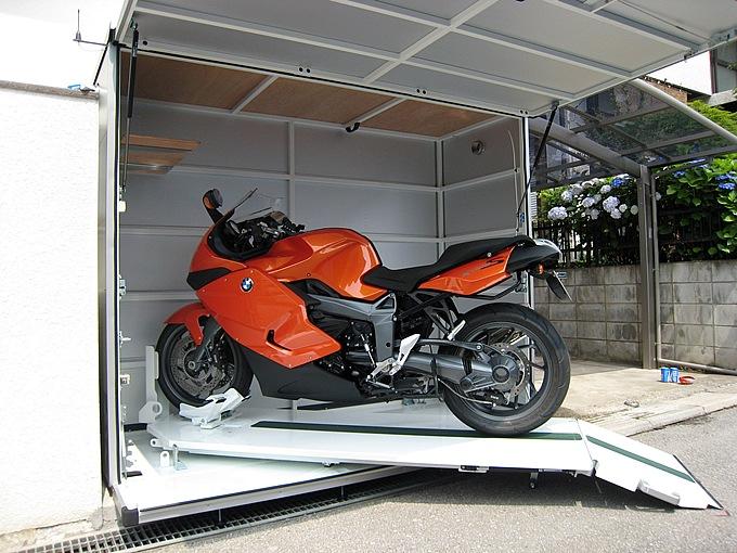 愛知県豊田市 motoCUBIC 3D Motorcycle Garage
