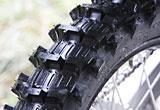 ダンロップ製MXタイヤ・ジオマックスにマッド路~サンド路用が追加された