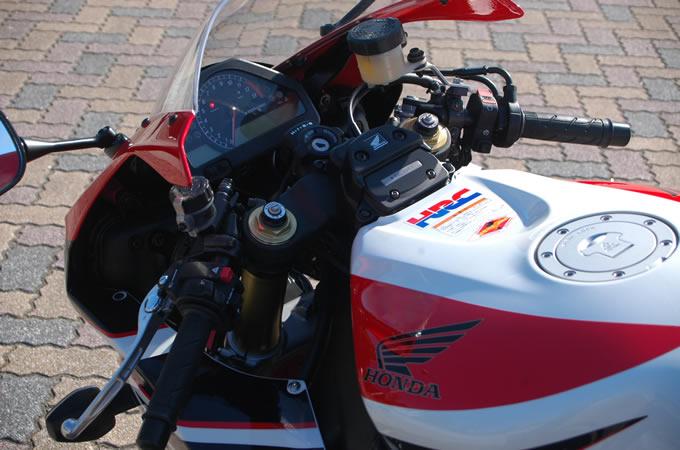 ホンダ CBR1000RRの画像