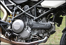 ドゥカティ Hypermotard796 写真