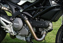 ドゥカティ Monster 696+ABS 写真