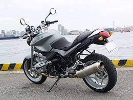 BMW Motorrad R1200R 写真