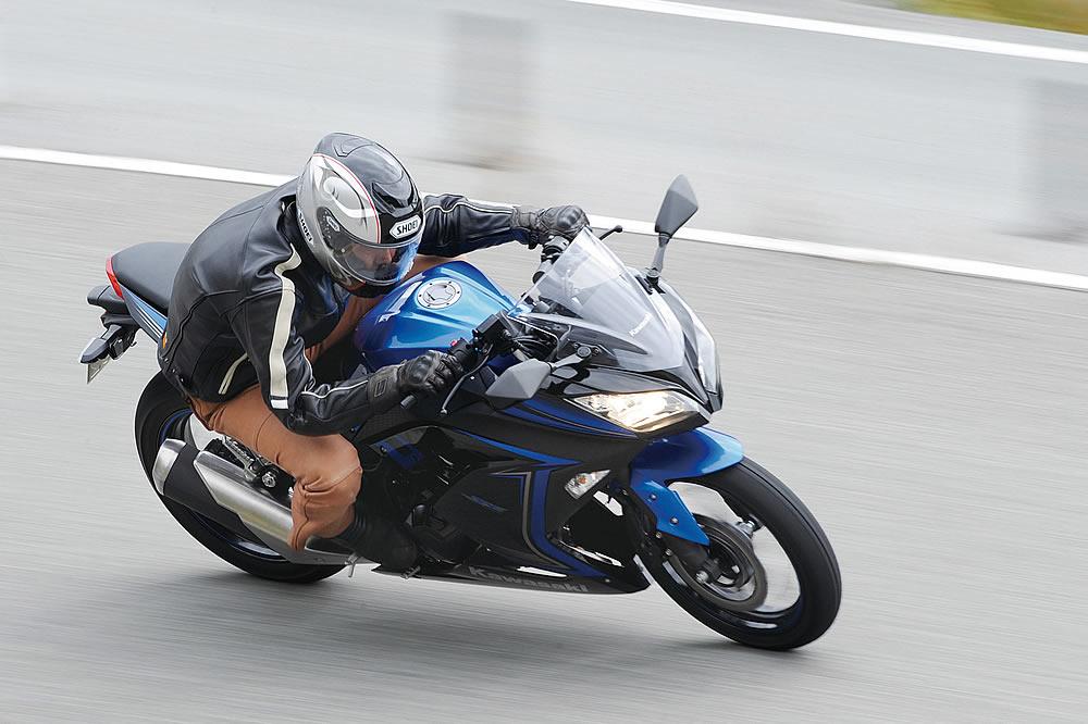 カワサキ Ninja250(2015)