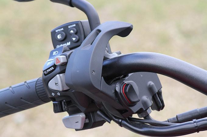 ホンダ CTX700 デュアル・クラッチ・トランスミッションの画像