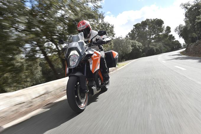 KTM KTM 1290 SUPER DUKE GTの試乗インプレッション