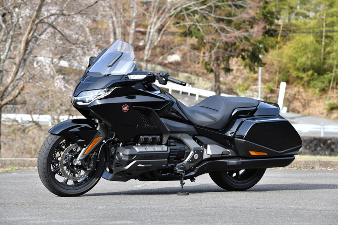 【ホンダ ゴールドウイング試乗記】優雅さを昇華しつつ、大きく重たいバイクから走りを楽しめるバイクへと刷新