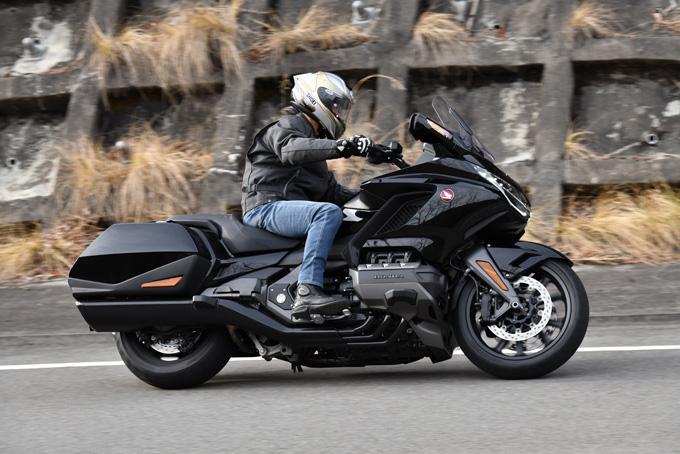 【ホンダ ゴールドウイング試乗記】優雅さを昇華しつつ、大きく重たいバイクから走りを楽しめるバイクへと刷新の画像