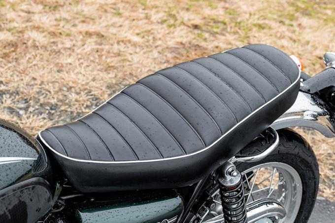 【カワサキ W800 試乗記事】音、鼓動、質感、佇まい……、バイクらしさのすべてがここに詰まっているの画像