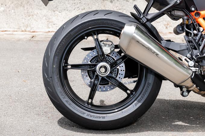 【KTM 1290スーパーデュークR 試乗記】 第3世代に進化した、KTM製オンロードスポーツの旗艦の24画像