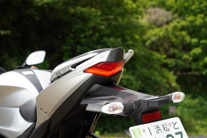 【スズキ ジクサー SF 250 試乗記】この品質でこの価格!? 真価は油冷エンジンだけにあらず!!の画像