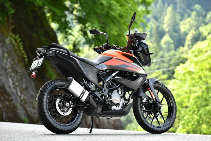 【KTM 390アドベンチャー 試乗記】アンダー400ccの常識を変える、本気のアドベンチャーツアラーの02画像