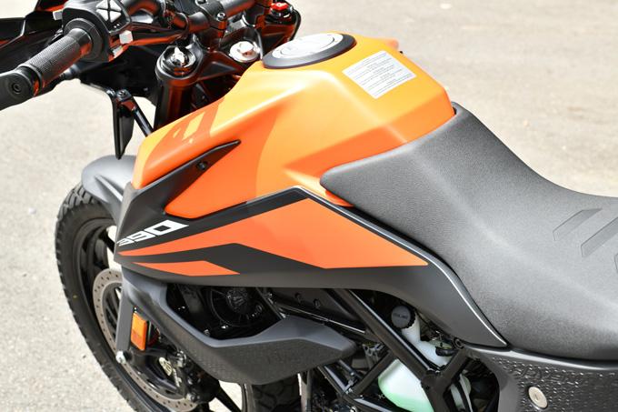 【KTM 390アドベンチャー 試乗記】アンダー400ccの常識を変える、本気のアドベンチャーツアラー の15画像