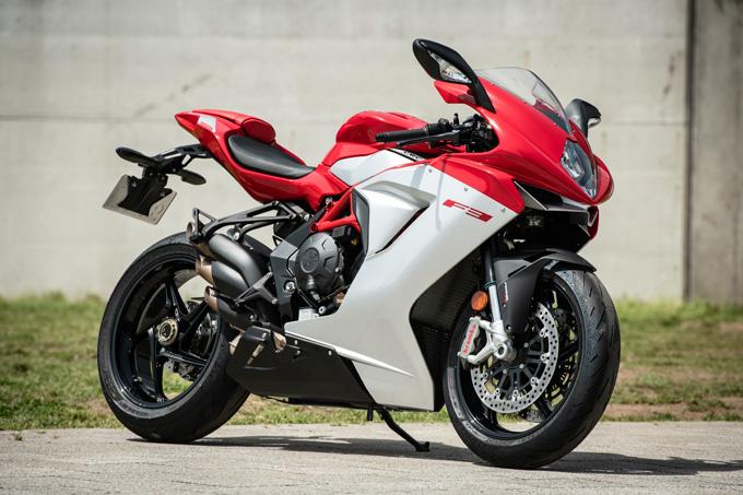 【MVアグスタ F3 800 試乗記】 3気筒800ccならではの楽しさ! 見かけによらず扱いやすいスーパースポーツだ05画像
