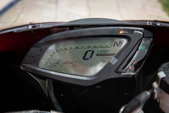 【MVアグスタ F3 800 試乗記】 3気筒800ccならではの楽しさ! 見かけによらず扱いやすいスーパースポーツだ19画像