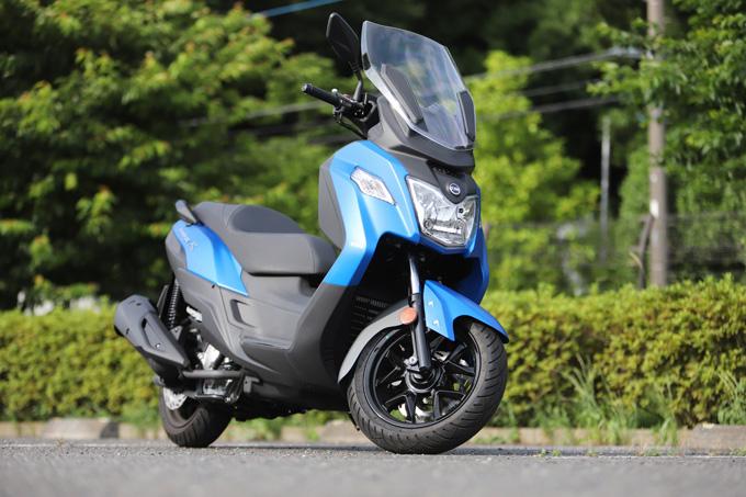 【SYM JOYMAX Z 250 試乗記】税込50万円を切る圧巻のコストパフォーマンス!走りと装備の基本をきっちりと押さえた250ccスクーターの03画像