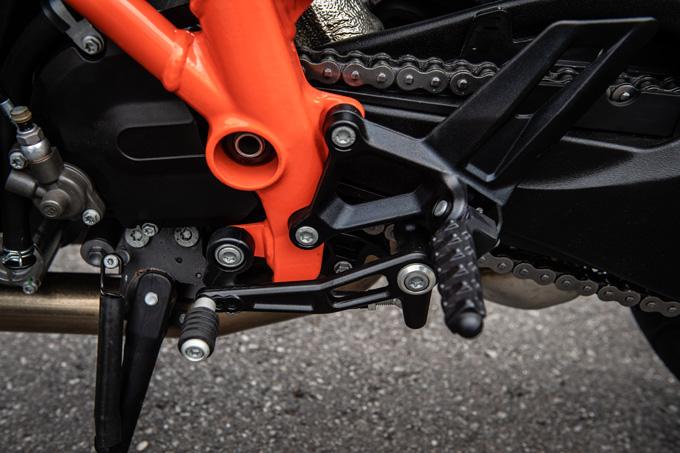 【KTM 1290スーパーデュークGT試乗記】とんでもなくスポーティな大陸横断ツアラーだの19画像