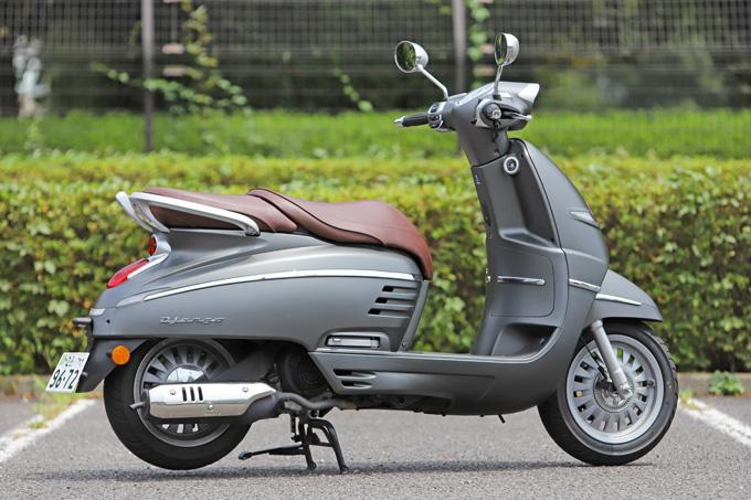 【プジョー ジャンゴ150 試乗記】乗り心地抜群!! 優雅で美しいフレンチスクーターの02画像