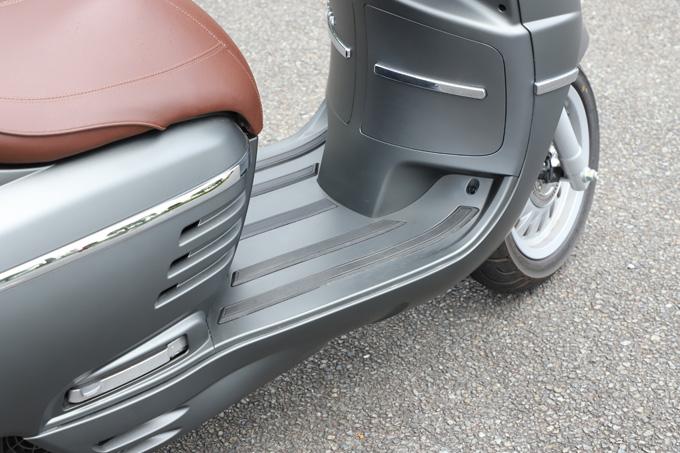 【プジョー ジャンゴ150 試乗記】乗り心地抜群!! 優雅で美しいフレンチスクーターの21画像