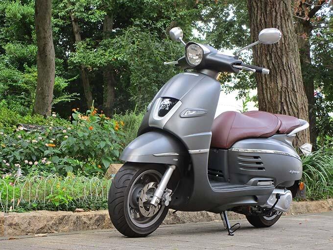 【プジョー ジャンゴ150 試乗記】乗り心地抜群!! 優雅で美しいフレンチスクーターのメイン画像
